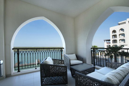 Jannah Eastern Mangroves Suites: The terrace of the suite