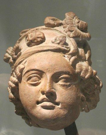 Musée National des Arts Asiatiques - Guimet : Donna con turbante Kashmir
