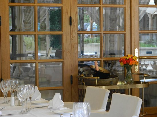 Restaurant Auberge Du Cheval Blanc: La Terrasse