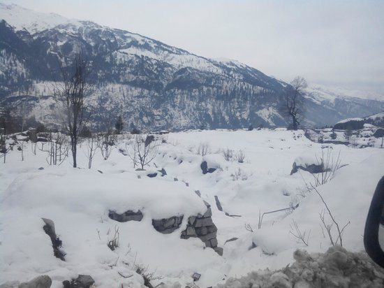 Manali Heights: outside view