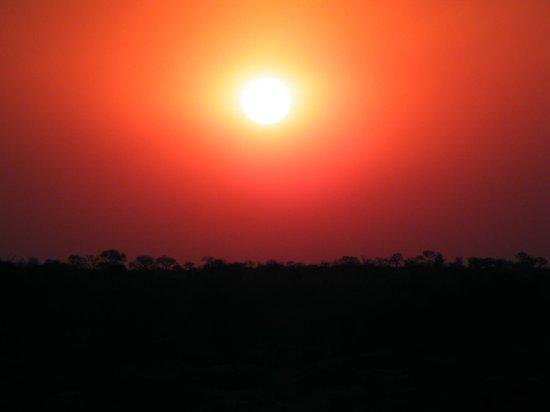 Ngwenya Lodge: Sunset At Ngwenya