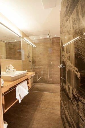 Hotel Bergblick: Bäder