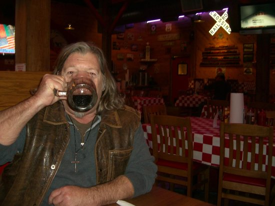 Smokin Joes BBQ : Mmm, Michelobe AmberBock on tap