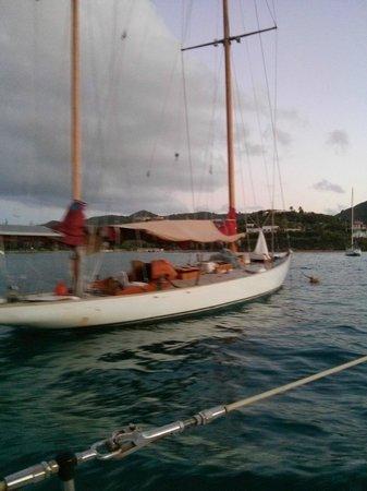 Bilinda Charters : Historic Sail Boat in the Harbor