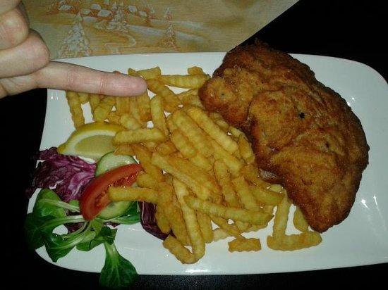 Kupferkessel: Zalcburger pork Schnitzel (12,5 euro)