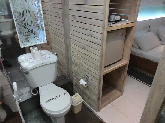 Lady Hill: Bathroom