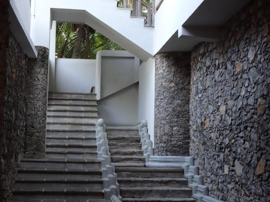 Lady Hill: Stairs to rooms