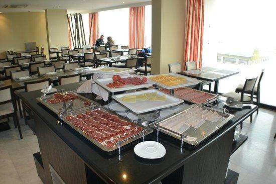 Hotel Eurostars Zaragoza: Desayuno Buffet
