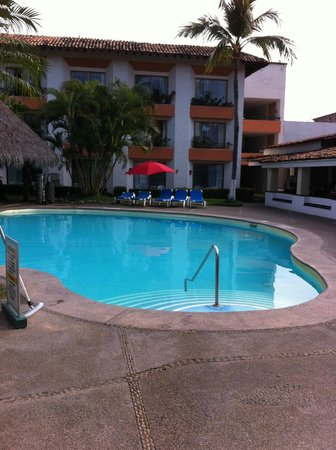 Plaza Pelicanos Club Beach Resort: pool