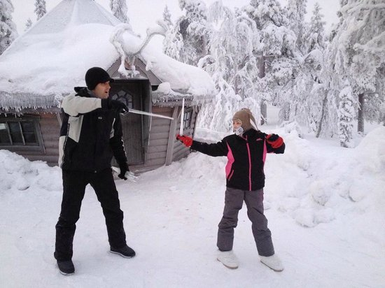 Golden Crown Levi Igloos: playing!