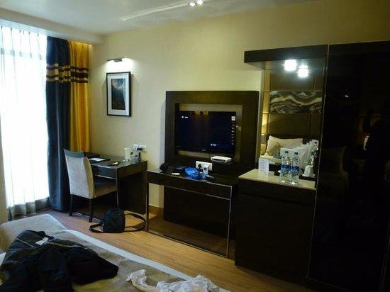 Hotel Palm Springs Medi Spa & Stays