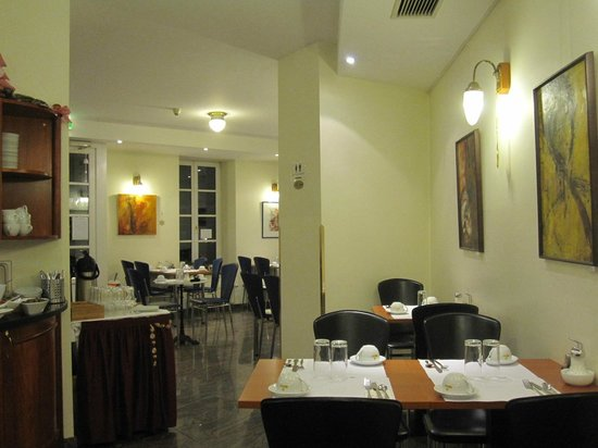 Suite Hotel 900 m zur Oper: Fruehstuecksraum