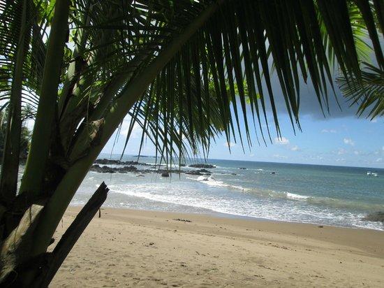 Drake Bay, Costa Rica: beach at Drake's Bay ranger station