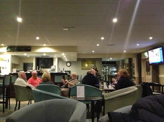 Hunley Hotel and Golf Club : Golf Club Bar