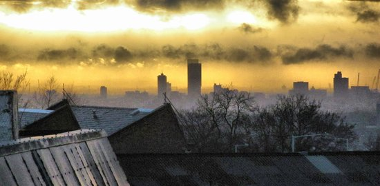 247Hotel: Photo taken from room 317 towards Manchester..