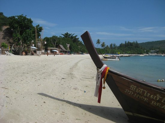 Phi Phi Popular Beach Resort : spiaggia