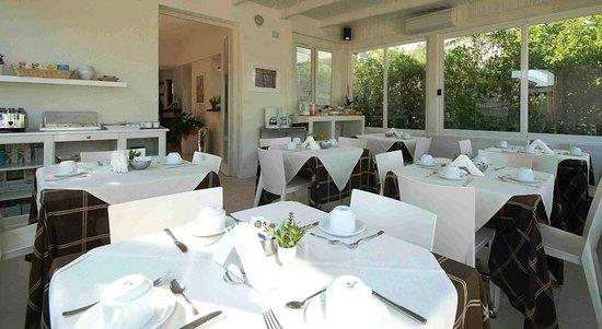 Poggio del Golf Residence & Club: sala colazione