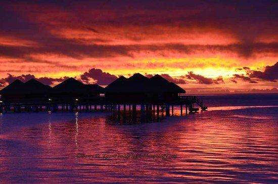 Royal Huahine: Sunset from the beach at our resort
