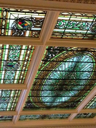 Menger Hotel : Beautiful Stained Glass Ceiling