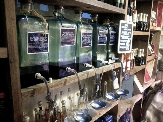 Fyg Deli & Wine Bar: Oils