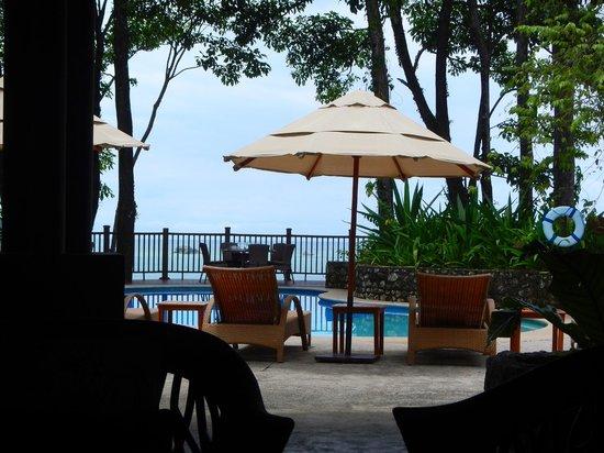 El Mirador Bar & Restaurant: Outdoor seating options