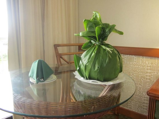 Kaanapali Beach Hotel : gift for our anivesery