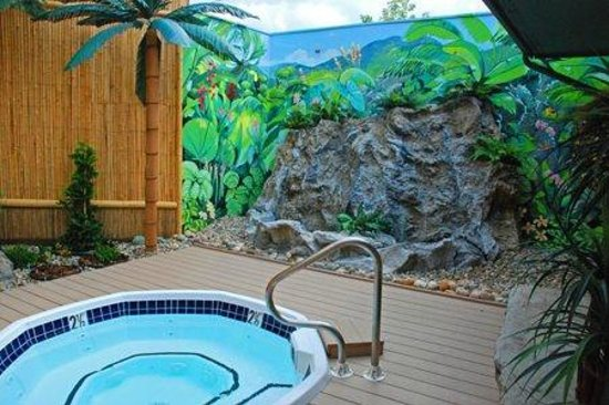 Beau Oasis Hot Tub Gardens: Oahu