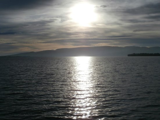 Burnbank Kinross: Loch Leven in the morning