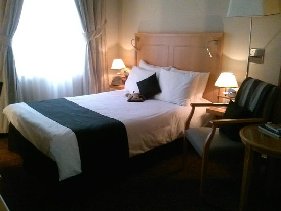 Hotel Century Old Town Prague - MGallery Collection: Room--cozy and comfortable.