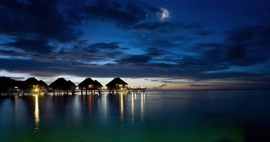Hilton Moorea Lagoon Resort & Spa : Our view from the room. Copyright Marianne Wilson Photography