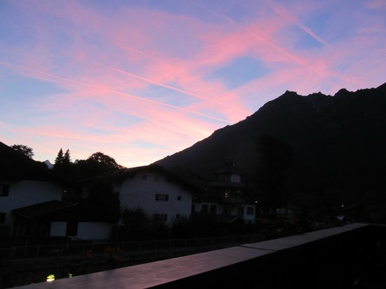Hotel Edelweiss: sunset from our balcony