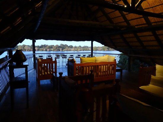 Mukambi Safari Lodge: Lodge