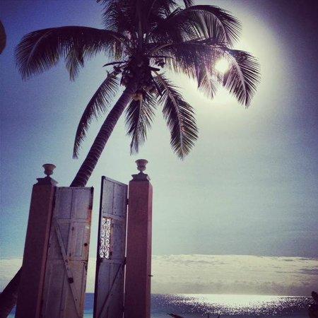 Playa Esperanza: Vista hacía playa paraiso