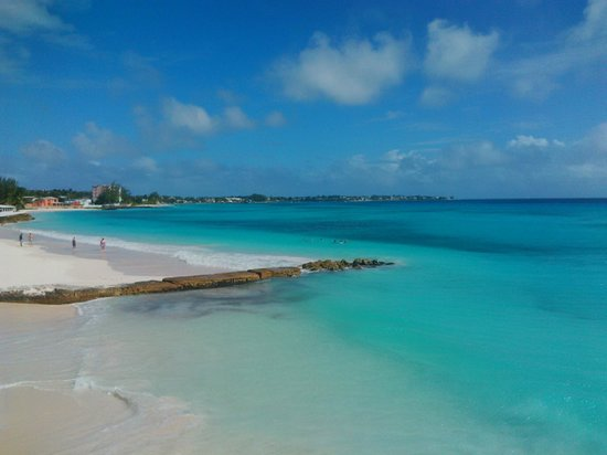 Sea Breeze Beach Hotel: Beautiful colours