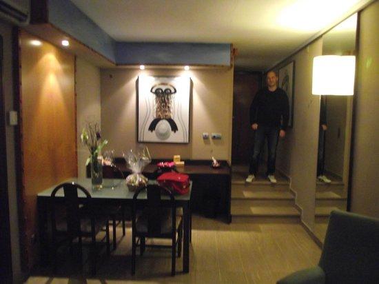 Hotel Estela Barcelona - Hotel del Arte : salon de la suite