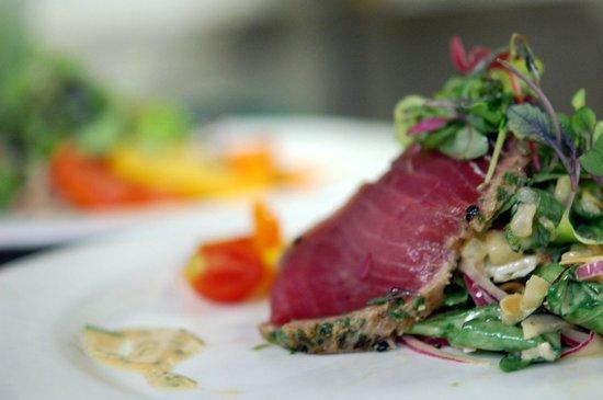 Erling Jensen Restaurant: Tuna