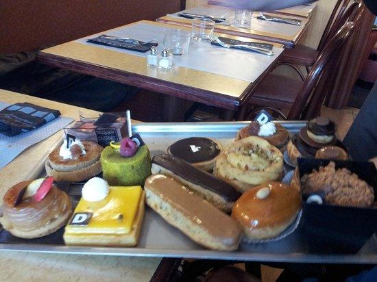 Restaurant Pâtissserie Saolon de thé Divernet : plateau dessert