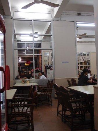 Krung Kasem Sri Krung Hotel: Restaurant