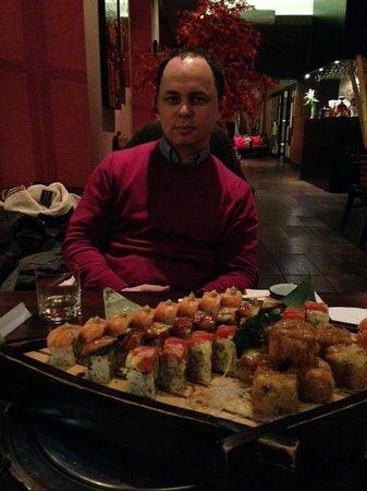 Hanabi Sushi House: наш заказ на фото
