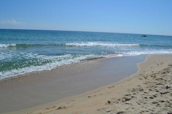 Hotel Club Saraceno: Пляж отеля