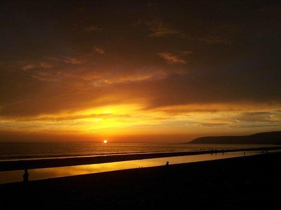 Paradis Plage Surf Yoga & Spa Resort : vue plage