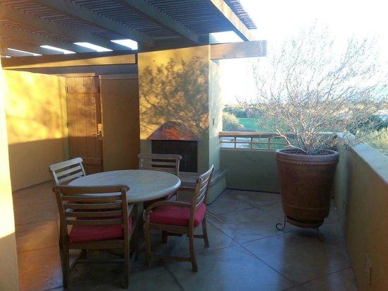 Embarc Palm Desert: Breakfast Balcony