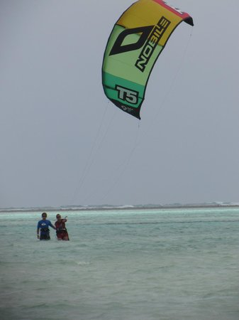Zanzibar Kite Paradise: Learning hard