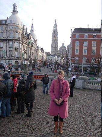 Cathédrale Notre-Dame d'Anvers : вид города с набережной.