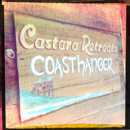 Castara Retreats: Coasthanger