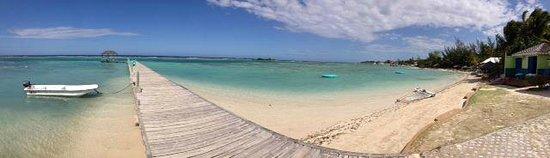 Coyaba Beach Resort: the jetty