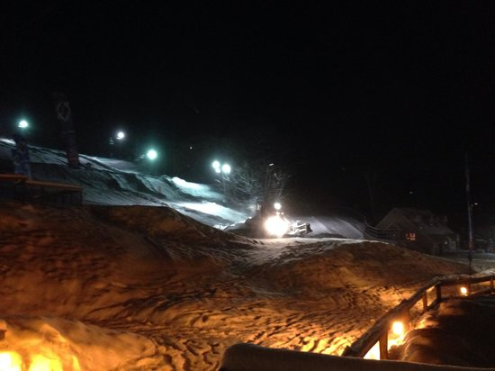 Mountain Club On Loon: grooming the Tubing run