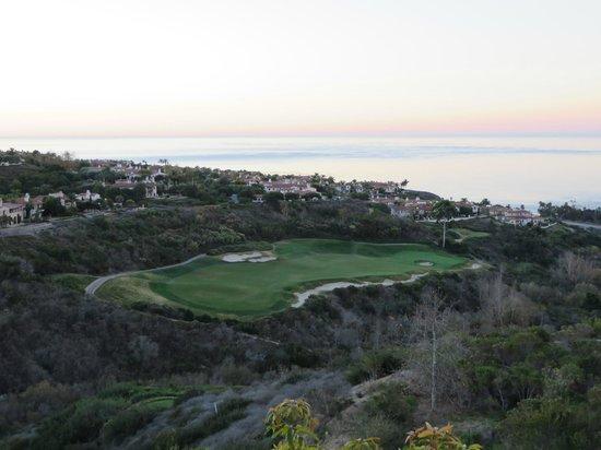 Marriott's Newport Coast Villas: sunrise from balcony