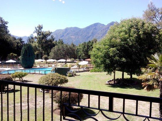Hotel Pucon Green Park : Vista del dormitorio en el 2 piso