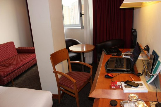 Abba Sants Hotel: Une vue de la chambre